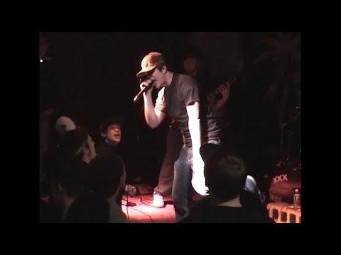 un-live-dethe-breakoutde-2004-se-streame-ici.